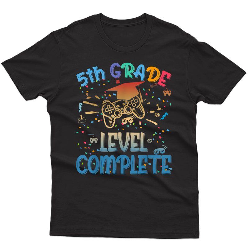 Funny 5th Grade Level Complete Video Gamer 2021 Graduation T-shirt